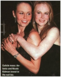 Nicole and her sister Antonia